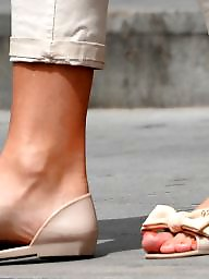 Milf, Feet, Mature feet, Candid, Candid feet, Milf feet