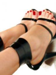 Heels, Mature heels, Voyeur mature