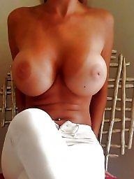 Huge tits, Huge