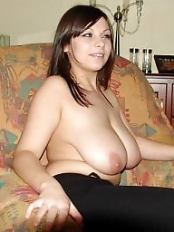 Saggy, Saggy tits, Hanging, Hanging tits, Tits flash, Flashing tits