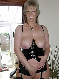 Amateur moms, Latex, Leather, Milfs