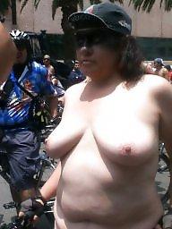 Flashing boobs, Public flashing