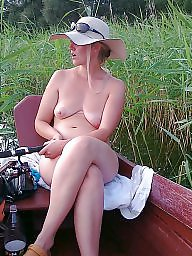Public, Wife, Hidden, Wife flashes, The public, Flashing in public