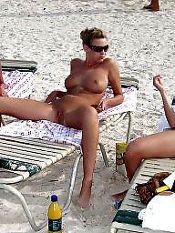 Group, Babe, Group beach