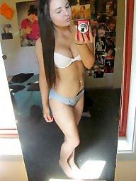 Cleavage, Teen bikini