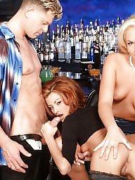 Threesome, Bar
