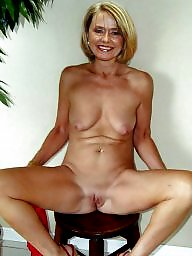 Grannies, Granny amateur, Mature grannies, Granny mature