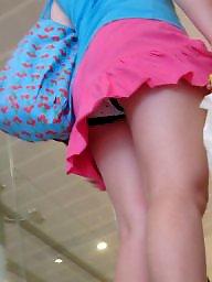 Upskirt, Oops