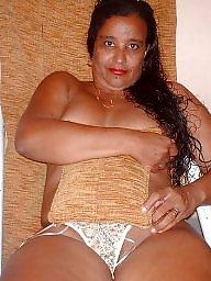 Voyeur, Brazilian