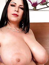 Tits, Beauty