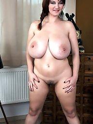 Busty, Big nipple
