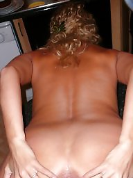 Wifes, Blonde wife