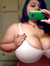 Cleavage, Amateur big tits