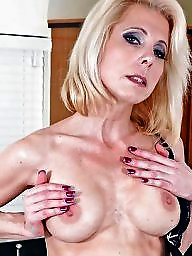 Cougar, Cougars, Young amateur, Milf cougar, Old milf, Town