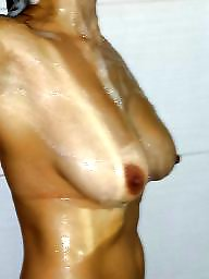 Amateur, Shower