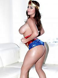 Milf boobs, Wonder woman