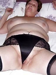 A bra, Granny stockings, Granny stocking, Mature in stockings, Mature granny, Knickers