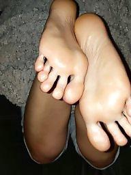 Feet, Stockings, Stocking feet, Amateur feet