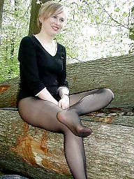 Pantyhose ass, Amateur pantyhose