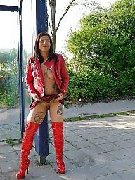 Flashing, Public nudity