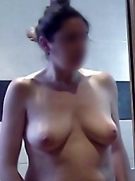 Wife naked, Unaware, Boob