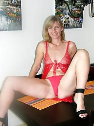 Milfs, Stocking amateur