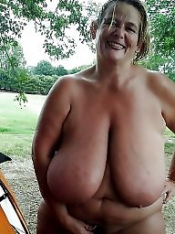 Outdoor, Huge boobs, Huge, Outdoors, Outdoor mature, Mature outdoor