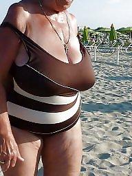 Abuelitas, Playa