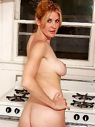 Mature pussy, Mature pussies