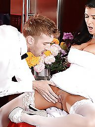 Bride, Brides, Public flash, Public flashing