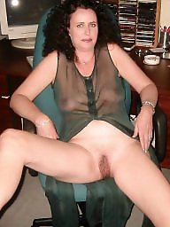 Moms, Mature mom, Amateur moms, Amateur matures