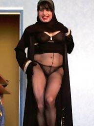 Topless, Upskirt milf, Milf upskirt