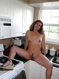 Kitchen, Flashing in public, ‌kitchen
