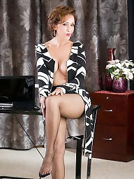 Mature pantyhose, Milf, Mature stockings, Mature stocking, Mature in stockings, Classy
