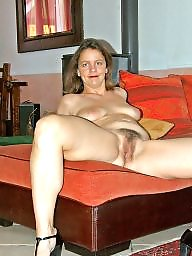 Hairy mature, Mature amateur