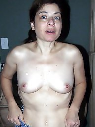 Wives, Sexy mature