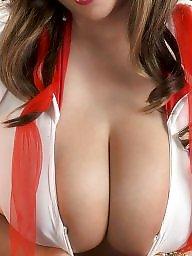 A bra, Big tits babe