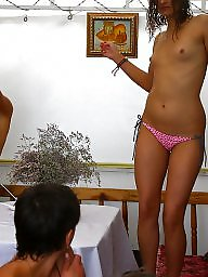 Public, Nude