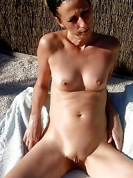 Amateur, Mature wives, Wives, Granny amateur, Grannis