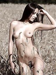 Nudity, Public flashing