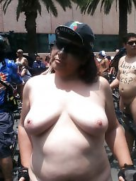 Public nudity, Public flashing