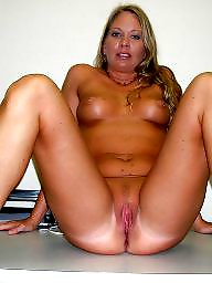 Mature moms, Amateur matures