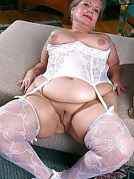 Mom, Spreading, Mature spreading, Mature spread, Spreading mature, Amateur mom