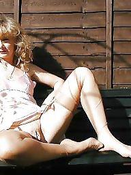 Nylon, Stockings, Nylon stockings