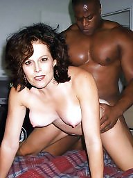 Milf interracial