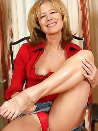 Leggings, Milf legs, Mature legs