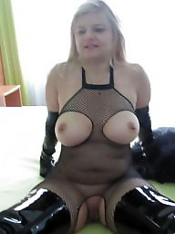 Mature flash, Mature flashing, Hot mature, Flashing mature, Mature hot