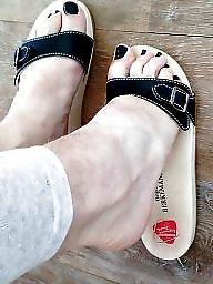 Amateurs, Sandals