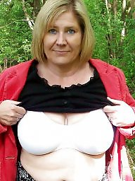 A bra, Bra boobs, Women, Bbw women