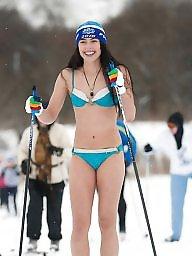 Nude, Amateur bikini